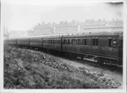 GCR GREAT CENTRAL RAILWAY SUBURBAN TRAIN COACHES  1915