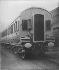 GCR LINE COACH END ROBINSON ANTI-COLLISION BUFFERS  LNER OFFICIAL PHOTO 1915