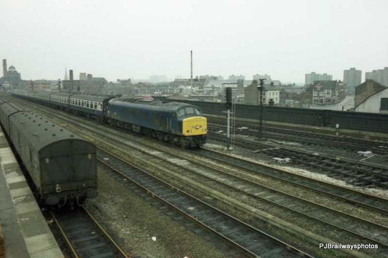 45101 Manchester Victoria Station
