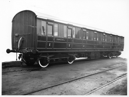 CARRIAGE BUILT AT DUKINFIELD WORKS IN 1924