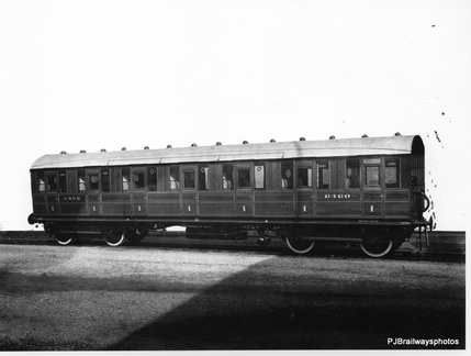 CARRIAGE BUILT AT DUKINFIELD WORKS IN 1934  Diagram 48 FIRST CLASS ORIGINAL No 6460 1946 No 81054  at dukinfield works