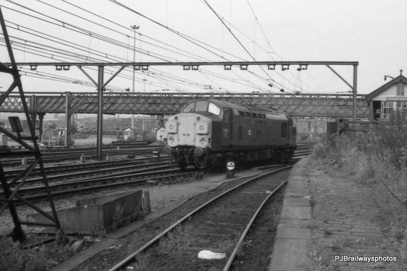 37031 Guide Bridge Woodhead Route 19-07-1983