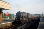 45292 enters Woodford Halse with the 16.38 Marylebone-Nottingham on the last day of the GC, 1966
