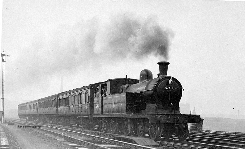 10-35 Manchester-Macclesfield at Guide Bridge East 20.10.1950.