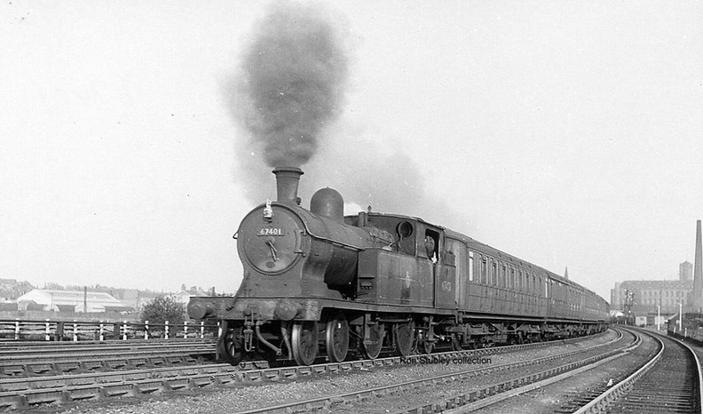 06-30 Manchester-Hadfield train leaving Guide Bridge 19.5.1951.
