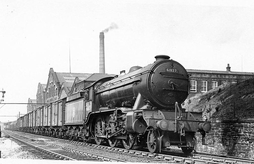 14.40 Dewsnap-Grimsby freight passing Hyde Junction on 18.4.1951