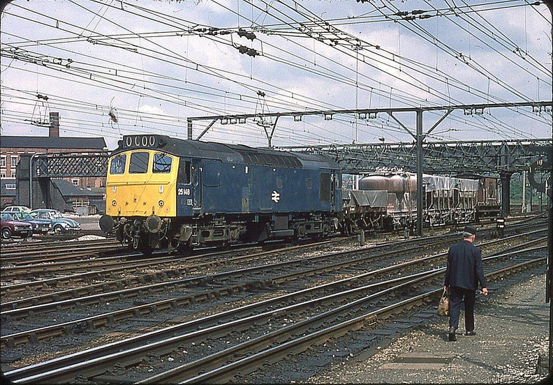 25148 Passing Guide Bridge 18.5.1976.