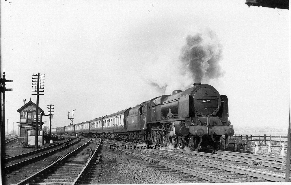 Taken at Ashton Moss North Junction by Arthur Bendell, it shows 46137 Prince of Wales' Volunteers (South Lancashire) on a Liverpool-Newcastle express.