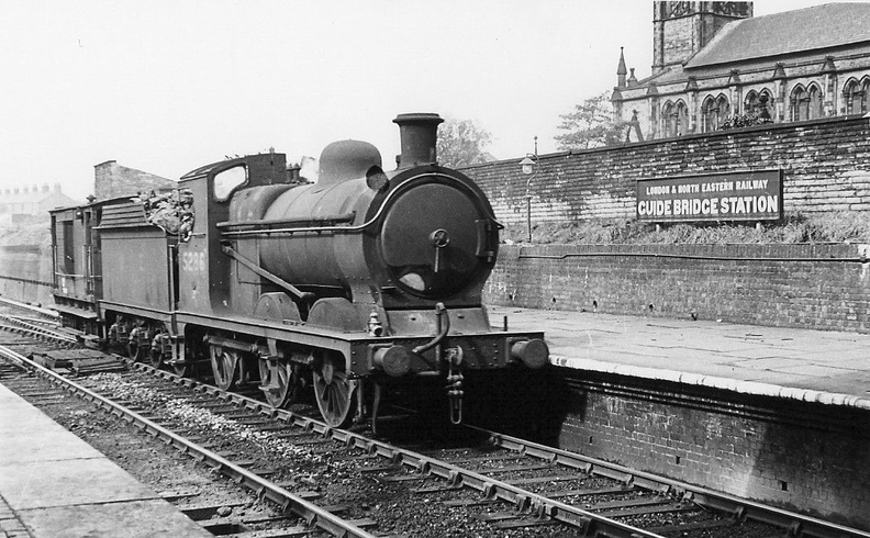 5286 at Guide Bridge 1945