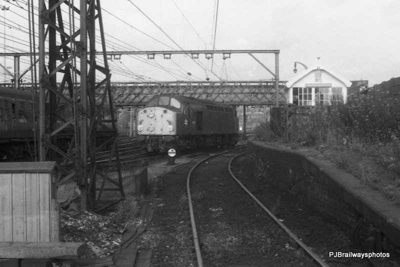 40044 Guide Bridge Station Woodhead Route 21-07-1982