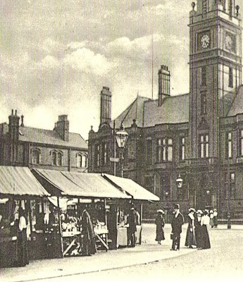 HYDE - Corner of market, showing town hall..jpg